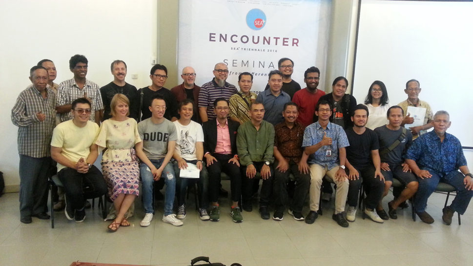 The Artists, Curators, organizing committee and seminar speakers during the seminar